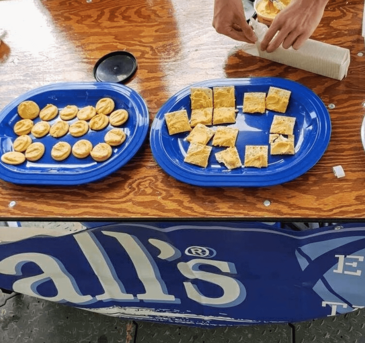 Hall's Beer Cheese + Tailgating with Kroger Co.