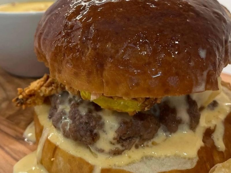 Hall's Dirty Burger